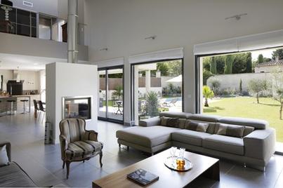Maison individuelle dans le var avec mas provence for Constructeur maison toulon